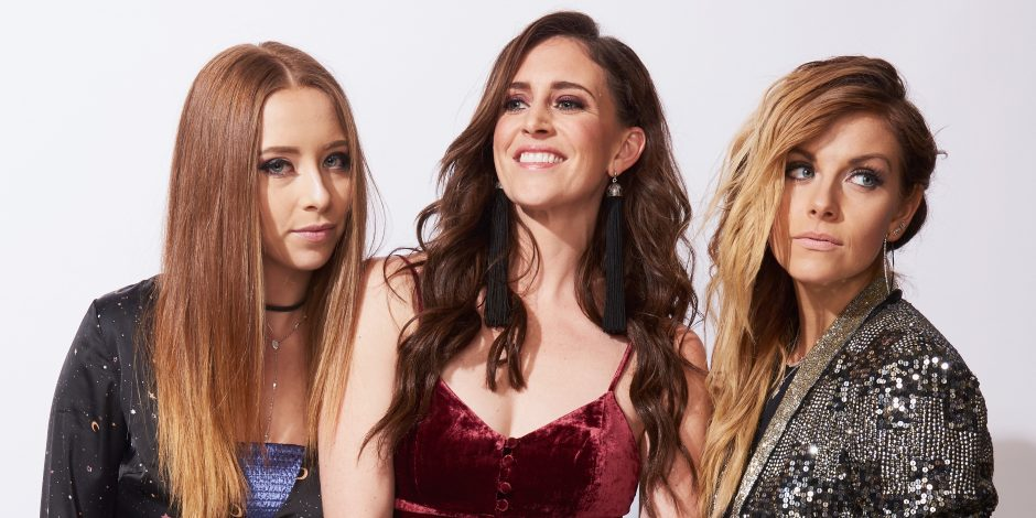 "Kelleigh Bannen, Kalie Shorr & Lindsay Ell Empower Women With ""Look What You Made Me Do' Cover"