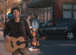 Morgan Evans Brings 'Kiss Somebody' to Life in New Video