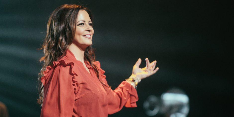Sara Evans to Headline CMT's Fourth Annual 'Next Women of Country' Tour