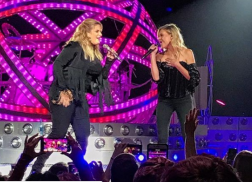 Kelsea Ballerini Receives 'Best Christmas Gift Ever' by Singing With Trisha Yearwood