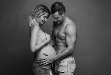 Tyler Hubbard and Wife Go Topless for Maternity Photo Shoot