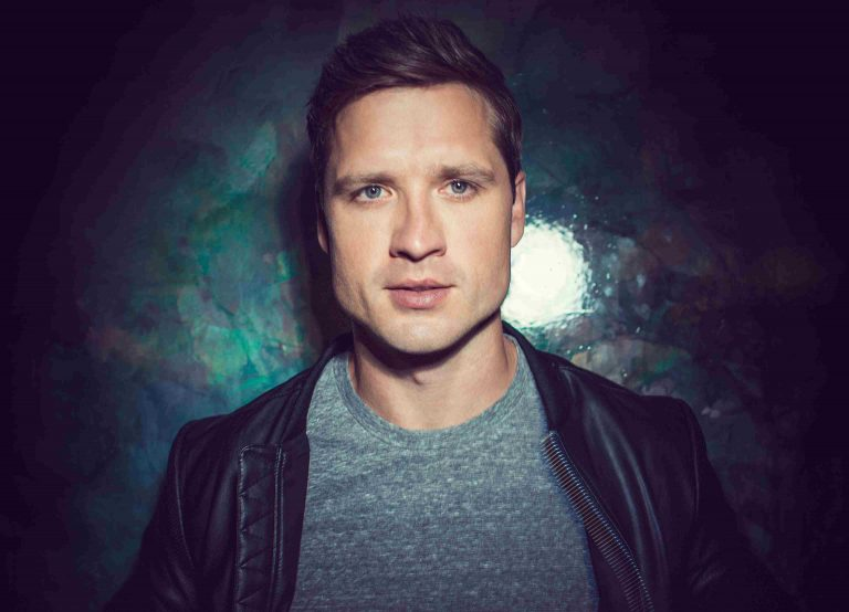 Walker Hayes Offers More Insight Into 'Craig' Through Email Message