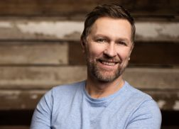 Craig Morgan Keeps His Family Together in 'Morgan Family Strong' Docu-Series