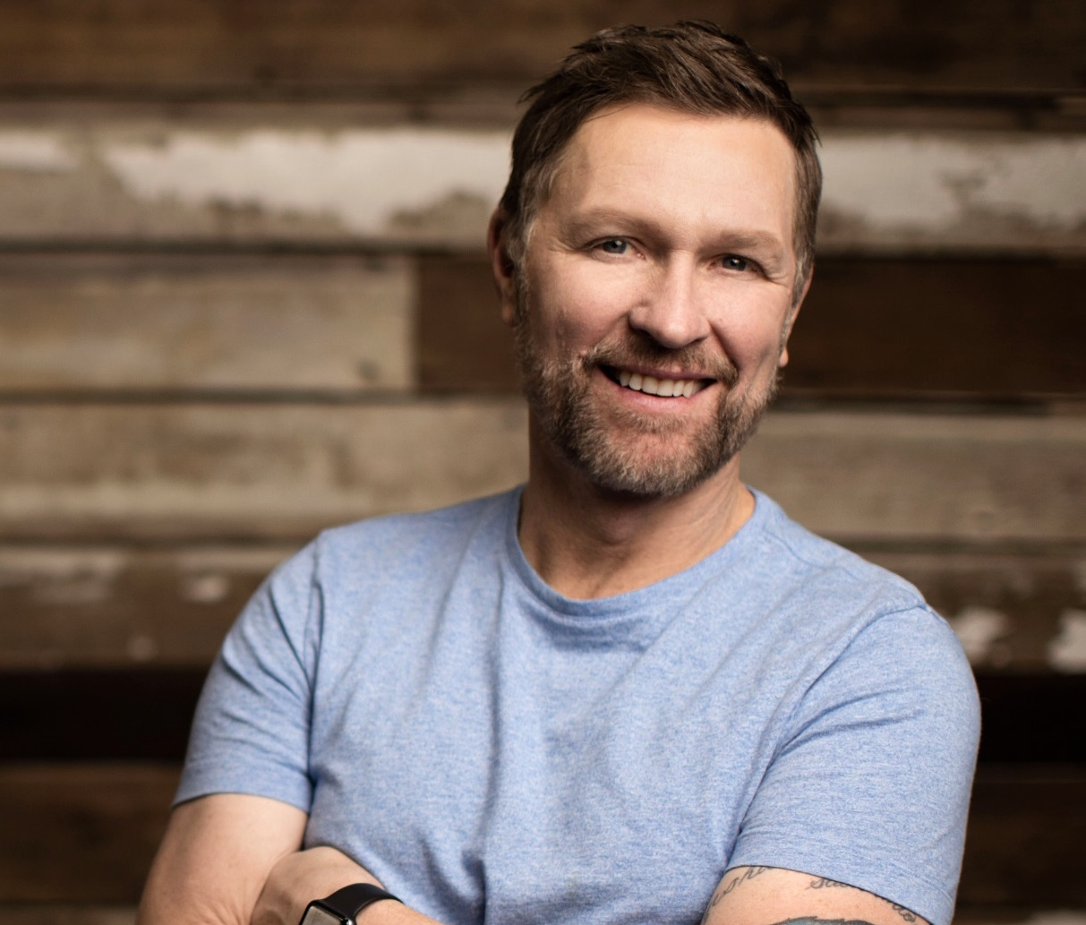 Craig Morgan Keeps His Family Together In Morgan Family
