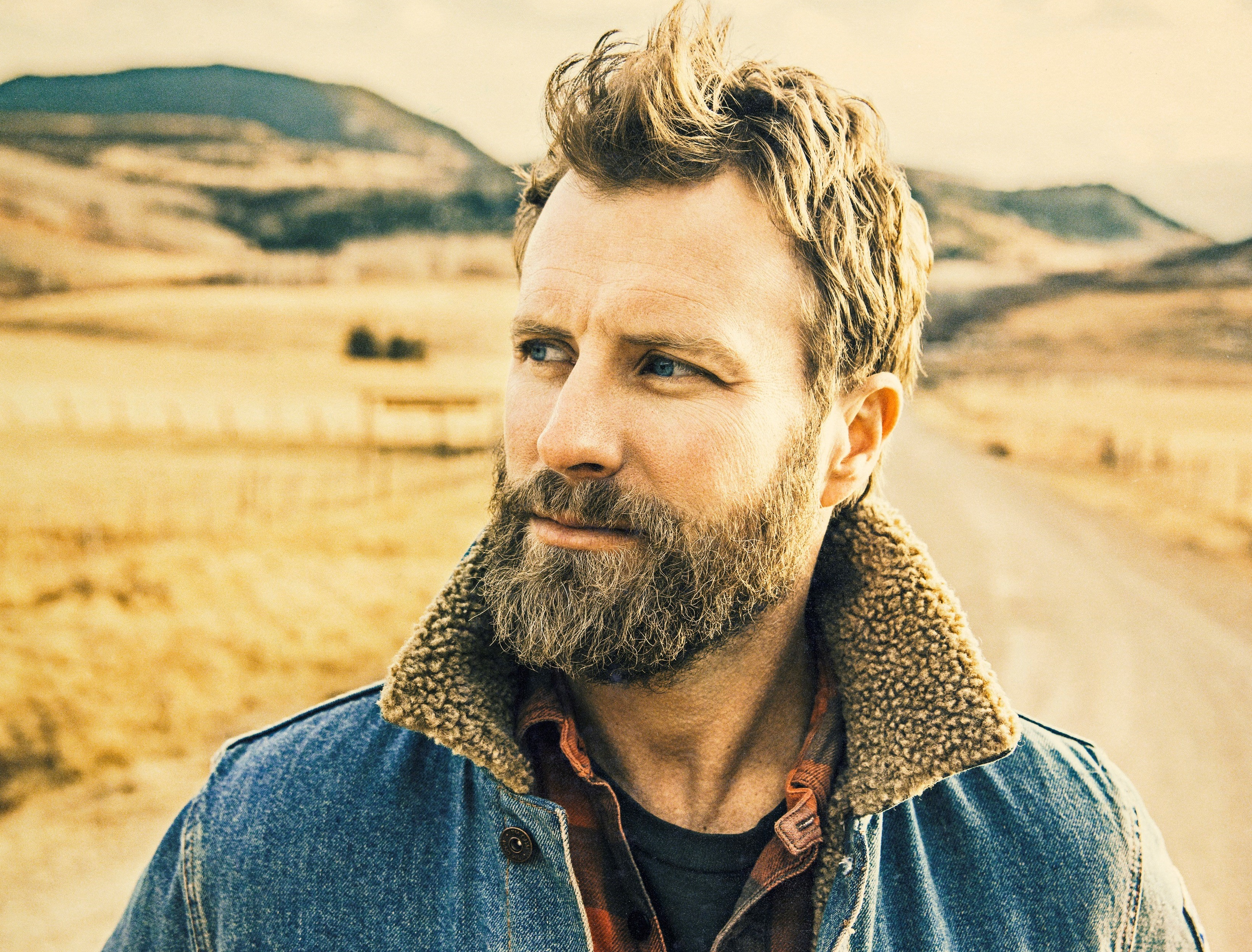 Dierks Bentley Peaks with 17th Career No. 1 on 'Woman, Amen'