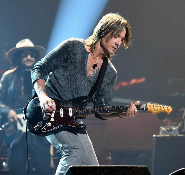 Keith Urban, Little Big Town + More Bring Unique Talents to Fleetwood Mac Tribute