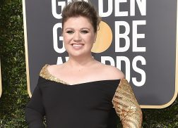 Kelly Clarkson Had the Best Night Ever at the Golden Globes