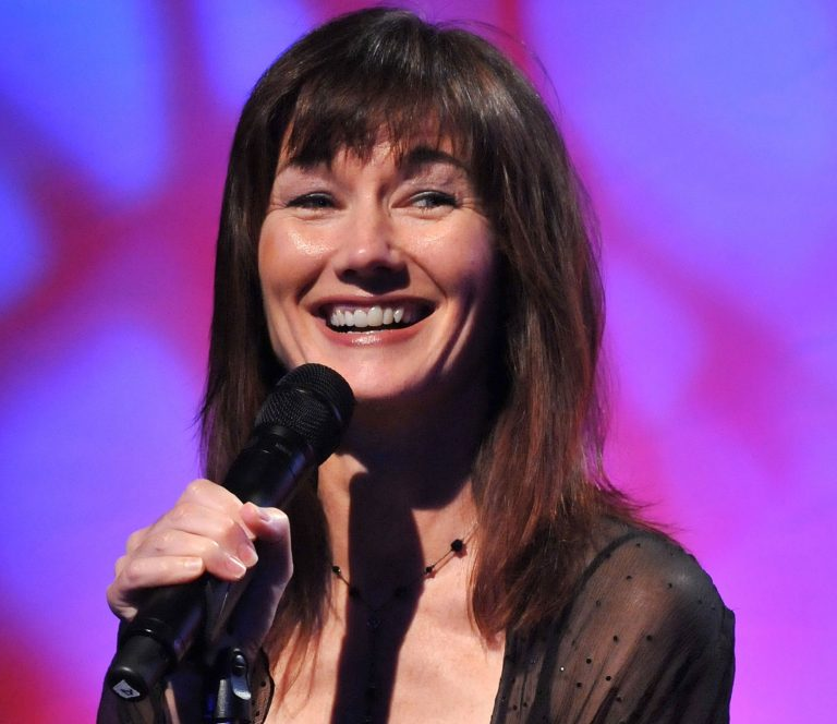 Singer, Songwriter Lari White Dies After Battle With Cancer