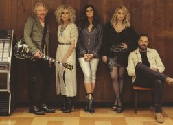 Watch Little Big Town and Miranda Lambert Sing 'Girl Crush' on 'The Bandwagon Tour'