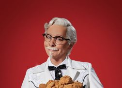 Reba Kept the Colonel Sanders Costume From Her KFC Commercials