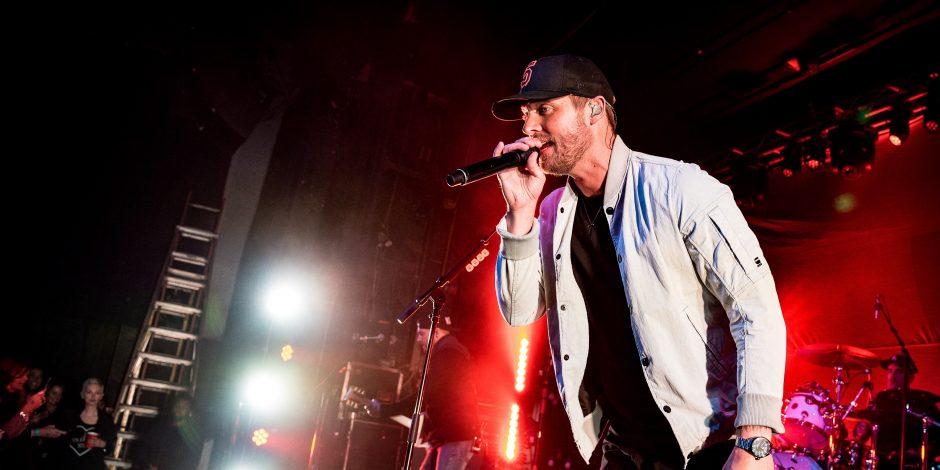 Brett Young Brings California Vibes to Philadelphia