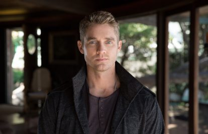 Brett Young Earns Fourth No.1 with 'Mercy'