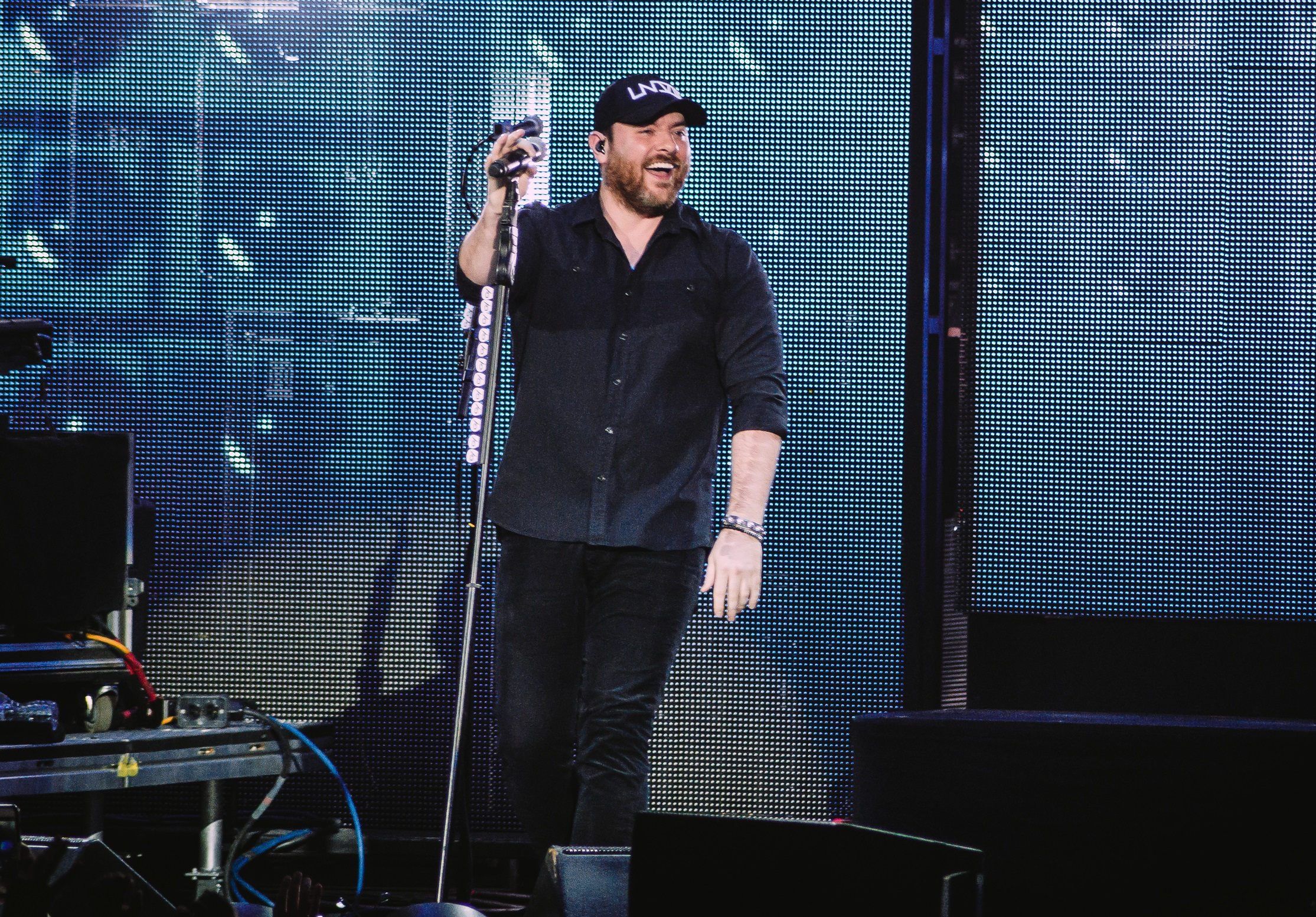Chris Young Adds More Dates to Losing Sleep World Tour