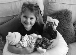 Hillary Scott Shares First Photo of Twin Daughters, Betsy and Emory