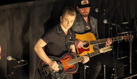 Hunter Hayes Premieres Mini-Movie, 'Pictures'