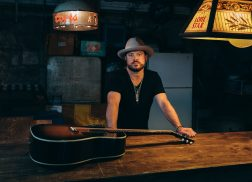 Album Review: Wade Bowen's 'Solid Ground'
