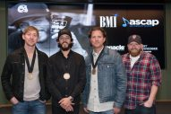 Chris Janson Expresses Gratitude For His Team During Second No. 1 Party