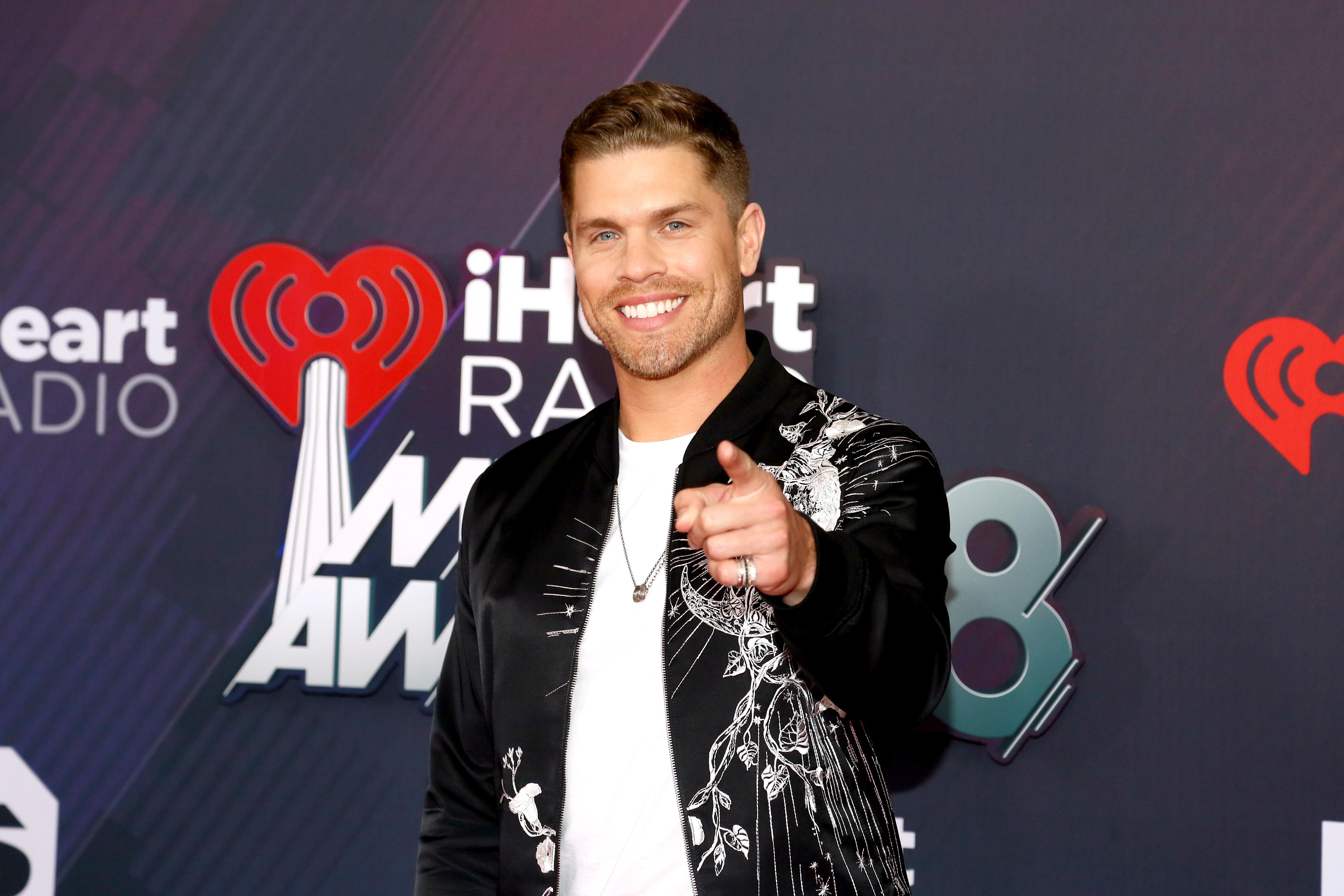 Thomas Rhett, Sam Hunt Go Home as Winners at the 2018 iHeartRadio Awards