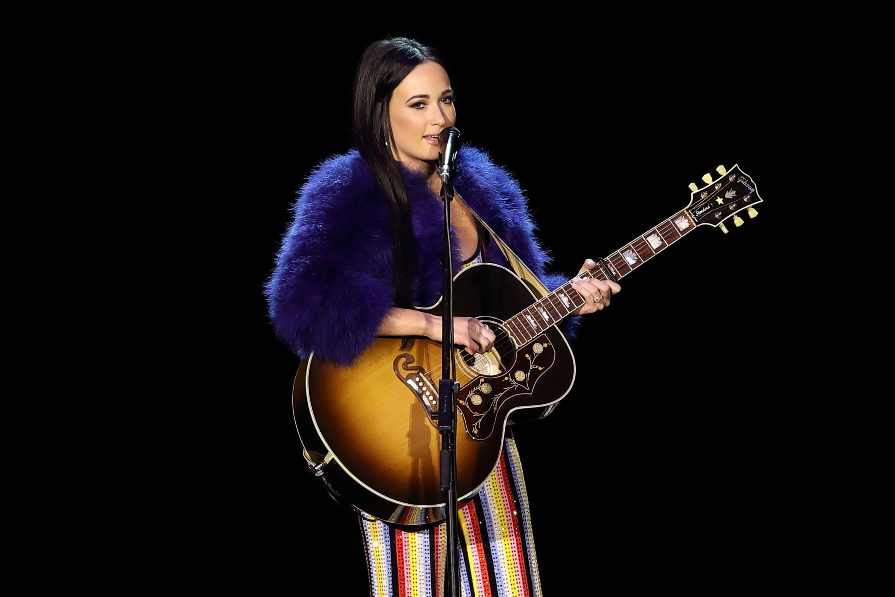 Kacey Musgraves Debuts 'Rainbow' at C2C Festival