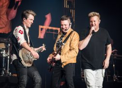 Rascal Flatts Shine During Energetic East Coast Concert