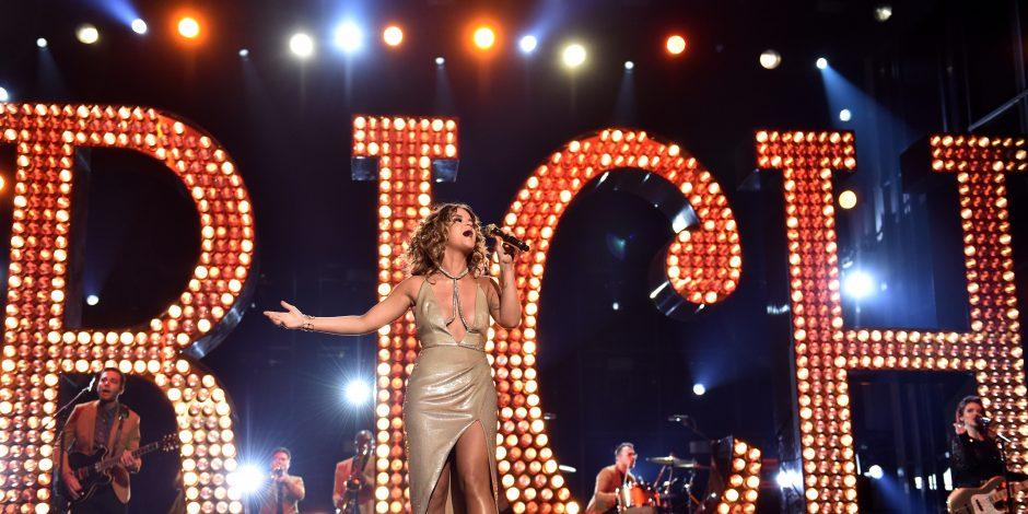 Maren Morris Stuns With Vegas-esque 'Rich' Performance