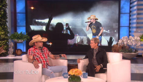Jason Aldean Recalls How 'Stunned' Everyone Was During Vegas Shooting