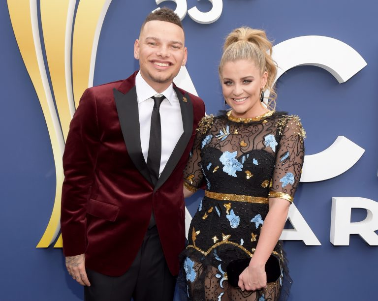 Kane Brown and Lauren Alaina Bring Heat to the ACM Awards Stage