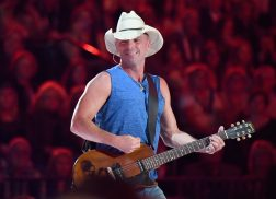 Kenny Chesney Announces 'Songs for the Saints' Album