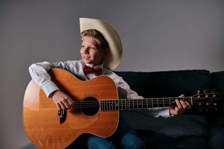 'Yodel Boy' Mason Ramsey Joins the Stars for Second Harvest Benefit Show Lineup