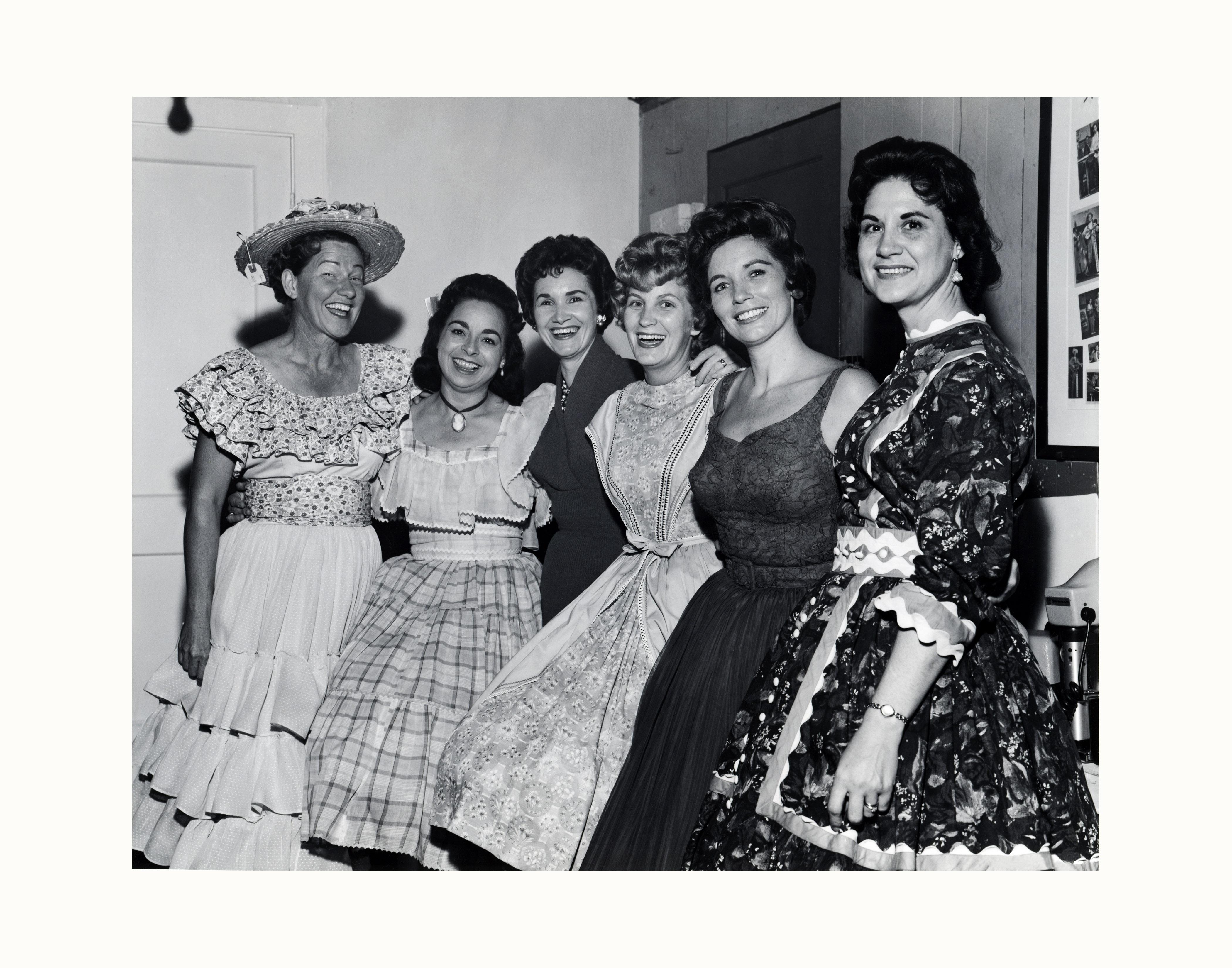 Minnie Pearl, Wilma Lee Cooper, Jan Howard, Skeeter Davis, June Carter, Kitty Wells Photo by Les Leverett