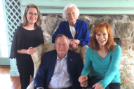 Reba Honors 'One-Of-A-Kind' Barbara Bush