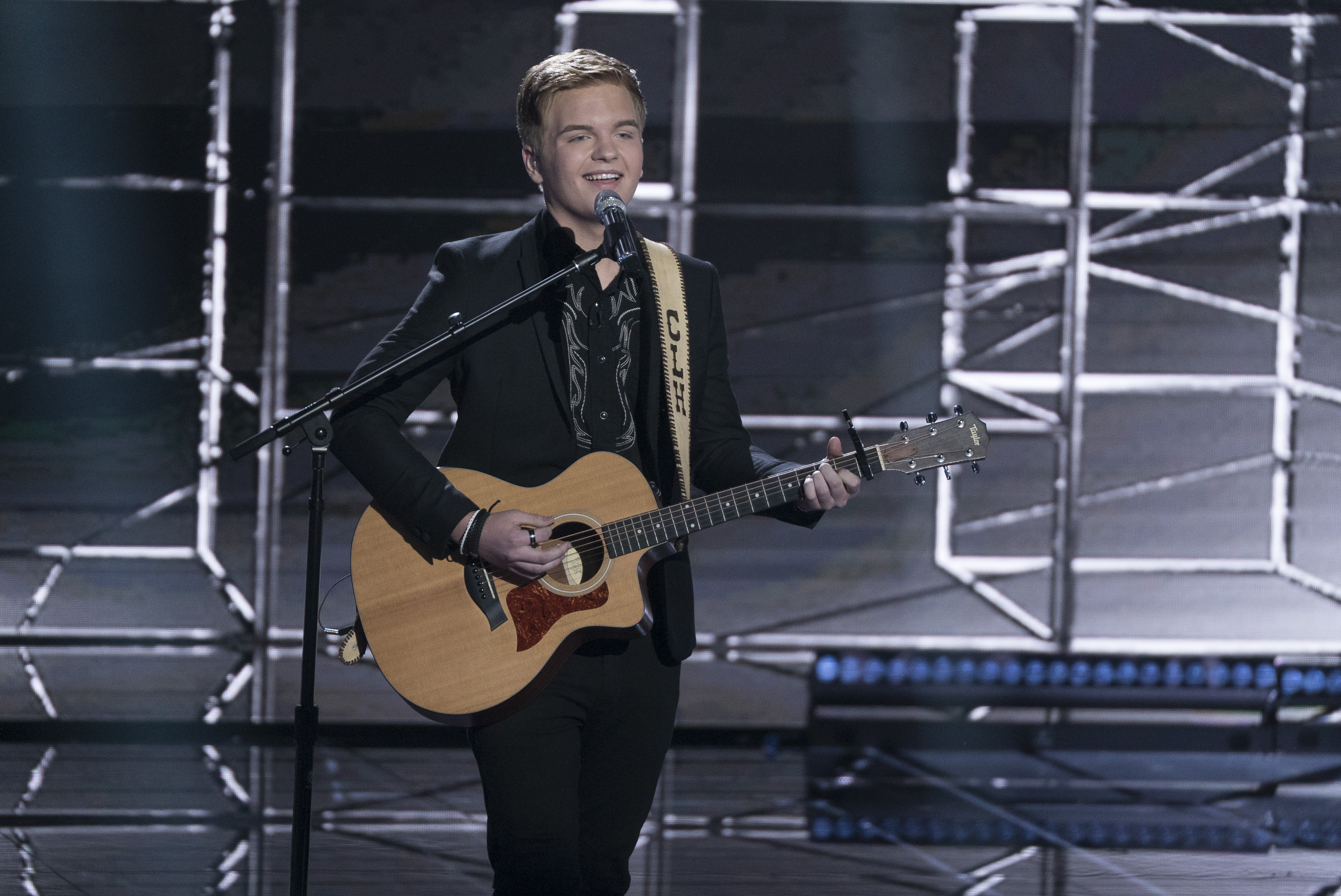 Caleb Lee Hutchinson: 'American Idol' 2018 Finale Performances
