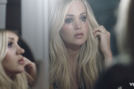 Carrie Underwood Fights Emotions in 'Cry Pretty' Music Video