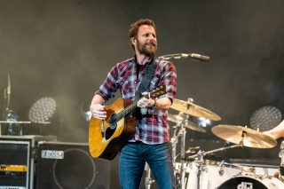 Dierks Bentley Reaches New Heights on Mountain High Tour