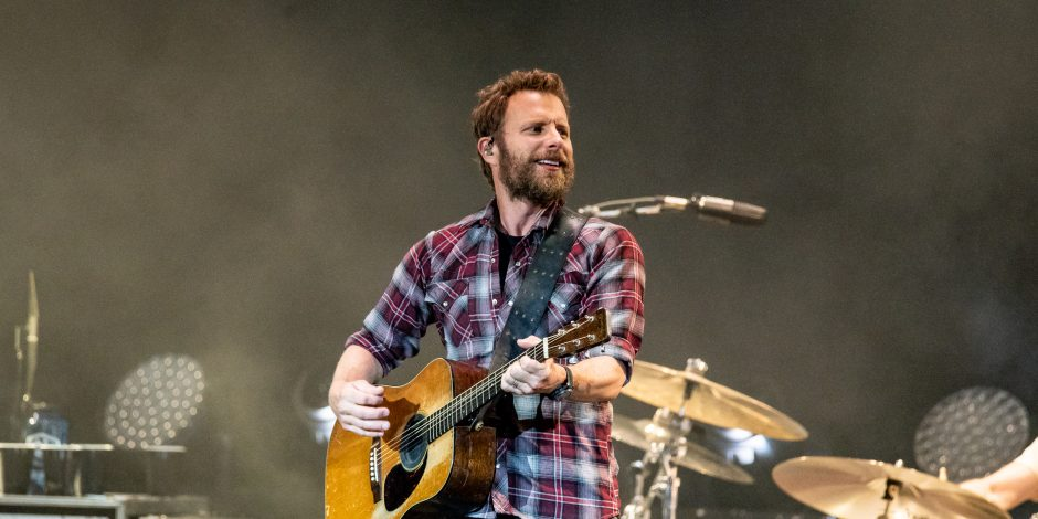 Dierks Bentley and Friends Reach New Heights at Mountain High Tour Show