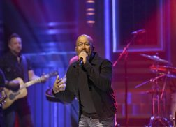 Darius Rucker Wishes He Could Play in a Big Professional Sports Game