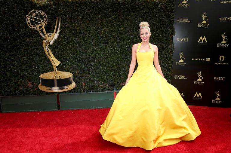 Kellie Pickler and Ben Aaron Present at the 45th Annual Daytime Emmy Awards