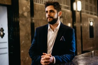 Thomas Rhett Lights Up the Video for