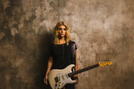 Monster Energy Enlists Lindsay Ell as 'Outbreak Tour' Headliner