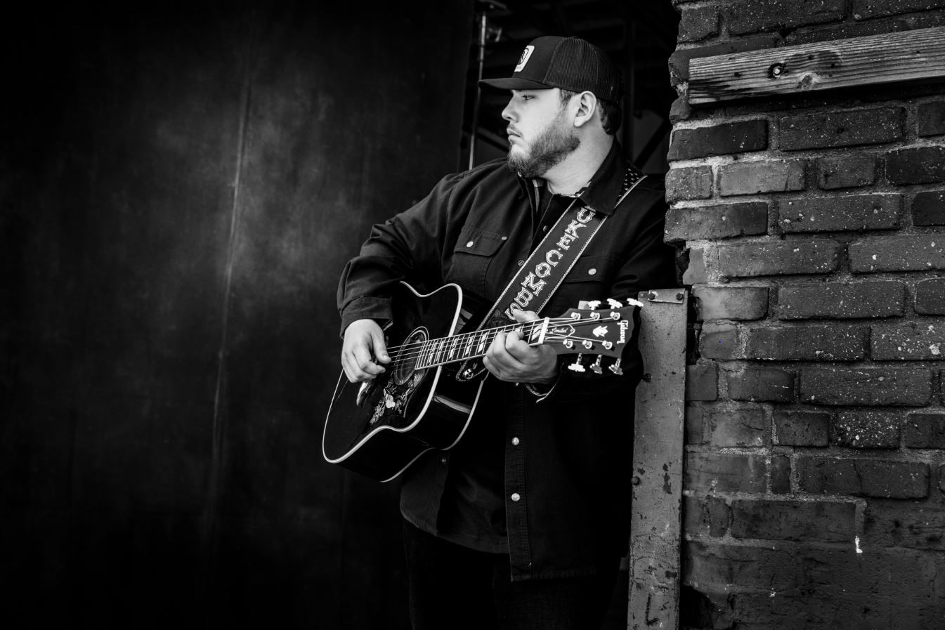 Luke Combs Reveals Plans For Five Song The Prequel Ep Sounds Like Nashville