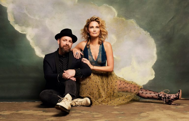 Sugarland: The Cover Story