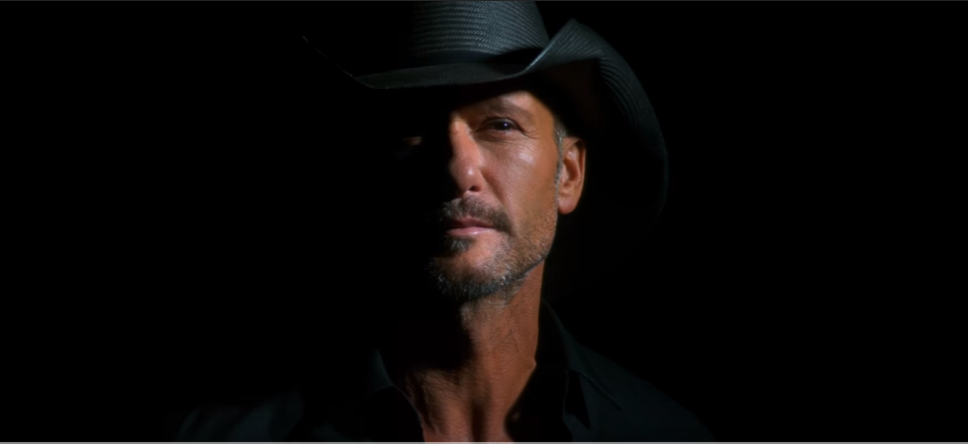 Tim McGraw Releases Spanish Version of 'Humble and Kind'
