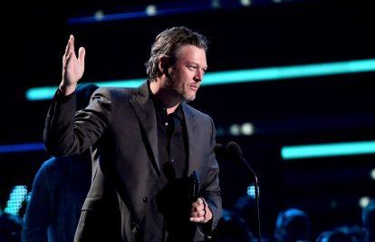 Blake Shelton Wins CMT Video of the Year Award