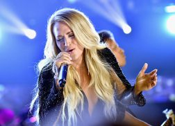 Carrie Underwood Triumphs in the Spotlight for 'Cry Pretty' Performance