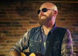 Family Comes First in Corey Smith's 'Halfway Home' Video