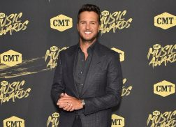 PHOTOS: Country Music's Hottest Stars Arrive at the 2018 CMT Music Awards
