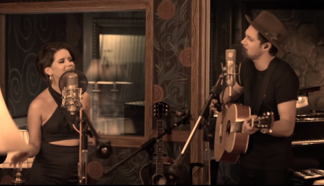 Maren Morris and Niall Horan Create Pop-Country Magic in Acoustic 'Seeing Blind' Video