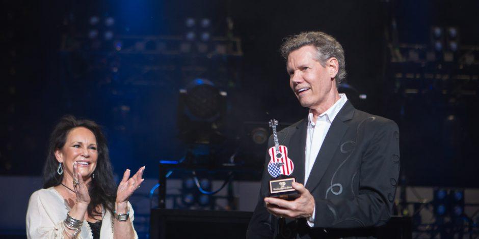 Randy Travis Receives Inaugural Cracker Barrel Legend Award: 'It's a Great Honor For Him'