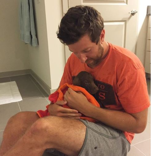 Brett Eldredge Celebrates Two Years of Being a 'Dog Dad'