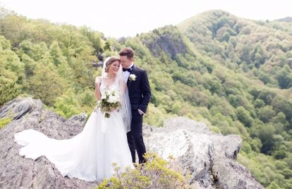 7 Romantic Country Wedding Songs Ready For Spring